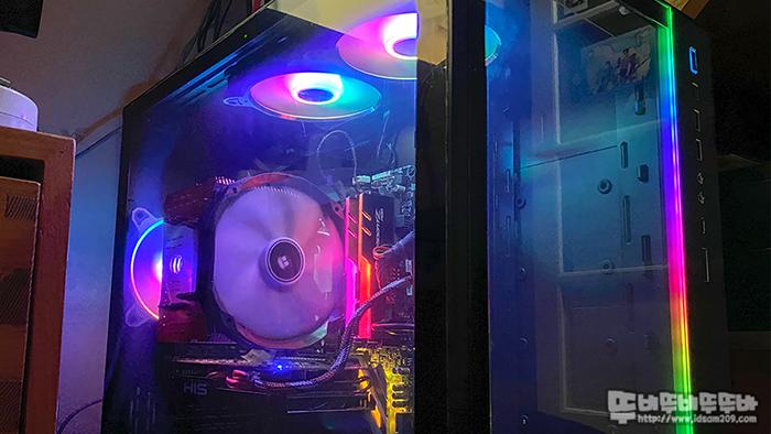 리안리 PC-O11D XL ROG 케이스