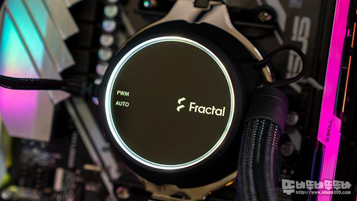 Fractal Design Celsius+ S28 Dynamic 수냉 쿨러